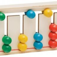 Цветни топчета в сметало