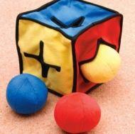 Мек куб с топчета
