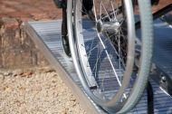 Сгъваема рампа за инвалидни колички 610 мм