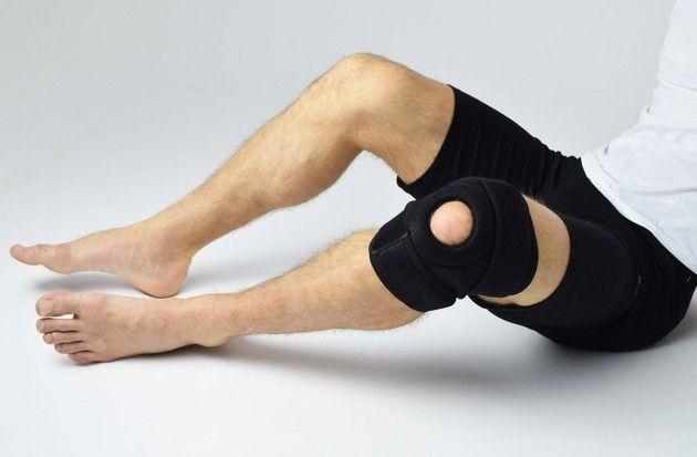 Къса универсална колянна ортеза за справяне с болката в коляното