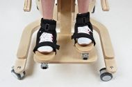 3D foot adjustment for standing frame CAT